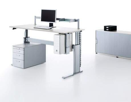 Fleischer Büromöbel Bochum Empfang Trennwände Officebase